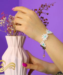 دستبند گل بهاری