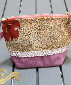 کیف آرایشی گلدار صورتی
